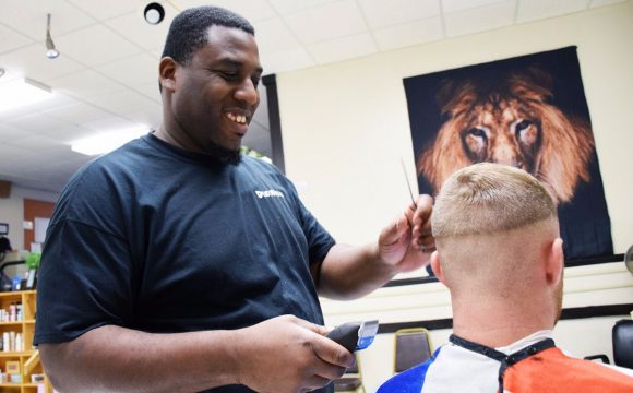 Giving back never goes out of style for Orland barber